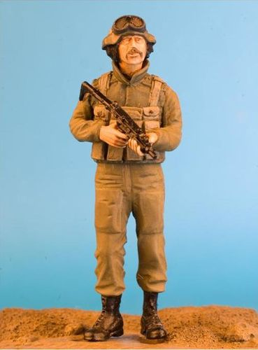 WF35027, 1/35th scale IDF Crewman With Uzi