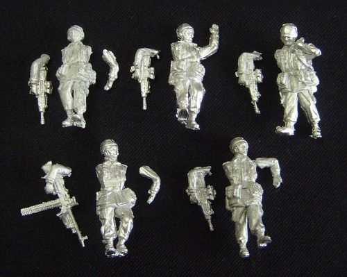 WFM72039, 1/72nd scale Modern British Infantry Patrol (from 1990 to 2000)