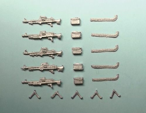 WBM76078, 1/76th scale Modern British Weapons set 1, GPMG with Bipods & Ammo boxes (5)