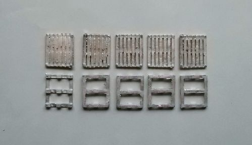 WBM76090, 1/76th scale Wooden NATO Standard Pallets (qty 5)